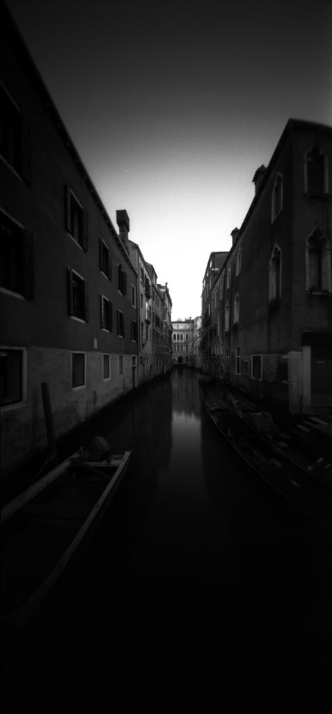 from Ponte de la Guerra [Venezia]