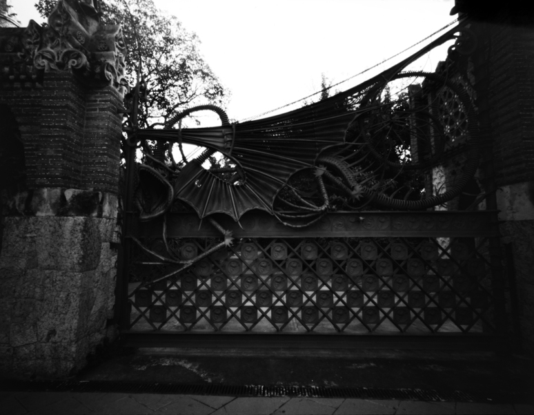 dragon gate [by Antoni Gaudi, BCN]